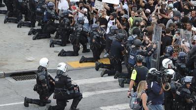 «Halten Sie die Klappe, Mr. President» – die Polizei wendet sich gegen Donald Trump
