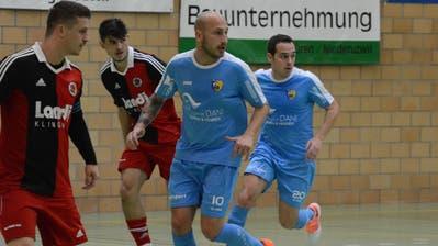 Die Uzwiler (in blau) spielen kommende Saison erstmals in der Futsal Premier League. (Bild: Beat Lanzendorfer)