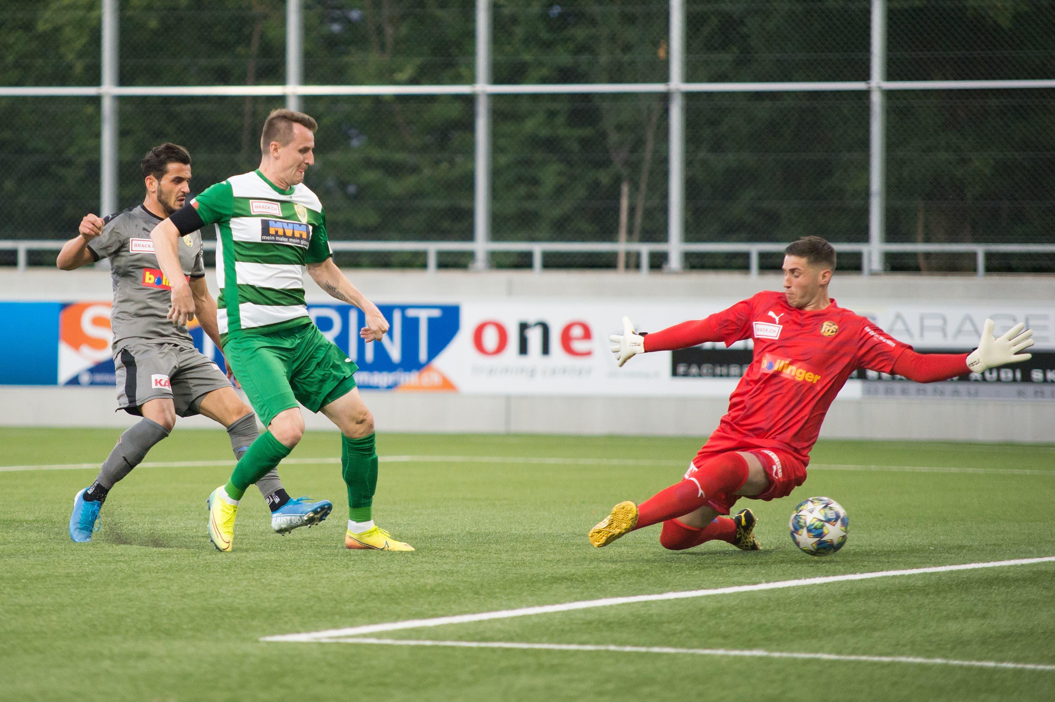 Der Krienser Igor Tadic beim 1:0.