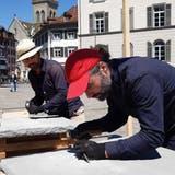 St. Galler Künstler meisseln «Zehn Gebote, Teil 2» in Sandstein