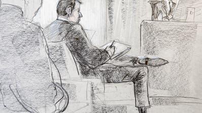 Der angeklagte Reeder Hans-Jürg Grunder am Montag beim Beginn des Hochseeflotten-Prozess im Berner Amtshaus. (Karin Widmer / Keystone)