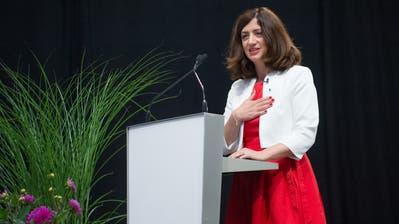 Ylfete Fanaj bei ihrer Wahl zur Kantonsratspräsidentin. (Bilder: Pius Amrein  (Luzern, 23. Juni 2020))