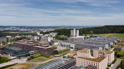 Namentlich die ETH - im Bild der Campus Hönggerberg in Zürich - würde leiden, wenn die Schweiz bei Horizon nicht mehr voll assoziiert wäre. (Christian Beutler / KEYSTONE)