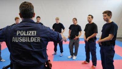 Die Luzerner Polizei bildet Anwärter ab nächstem Frühling in eigener Formation aus
