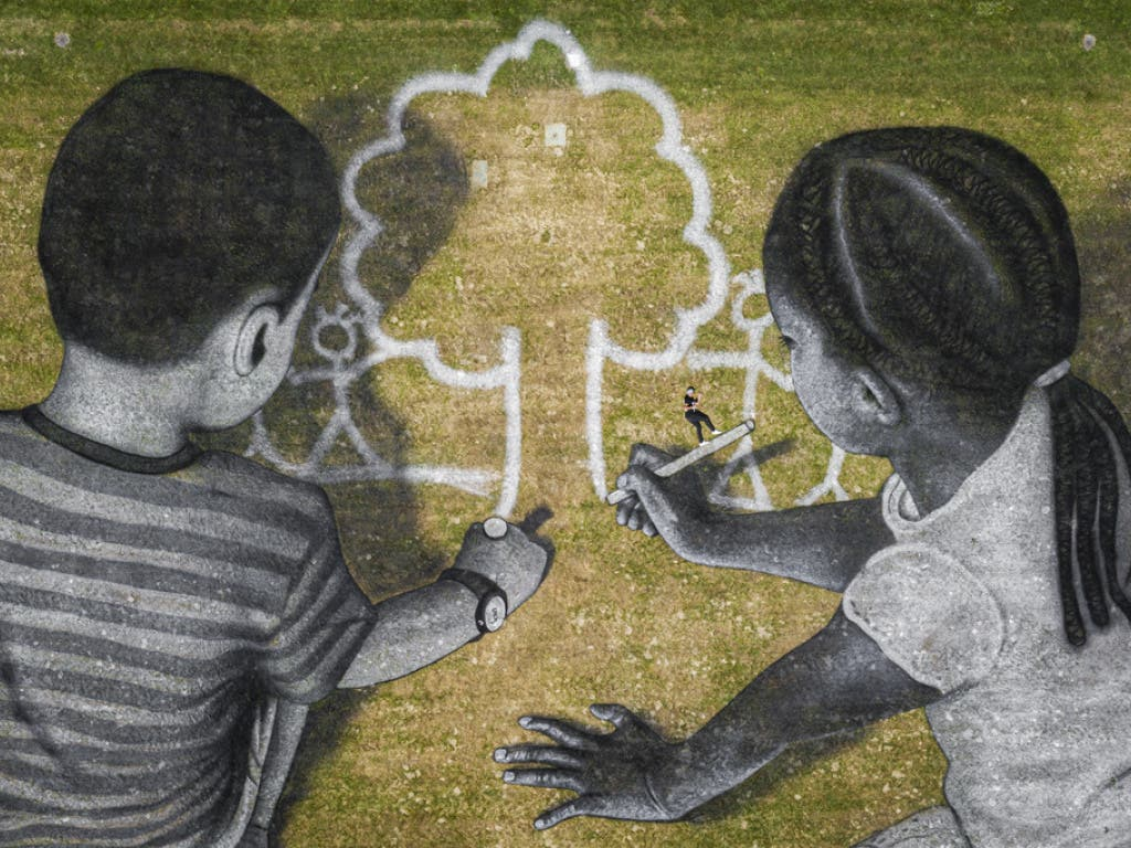 Kinder malen sich ihre ideale Zukunft.