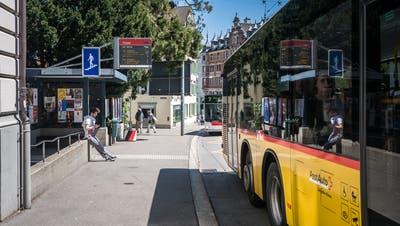 Der Bus 240 von Rorschach her fährt ab 2022 als Linie 254 nur noch bis zum Theater respektive zur Kantonsschule. (Michel Canonica (6. Mai 2016))