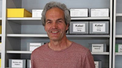 Nach beinahe vier Jahrzehnten im Lehrerberufsteht der Wattwiler Hanspeter Geisser kurz vor der Pensionierung – er schaut mit einem lachendem Auge in die Zukunft