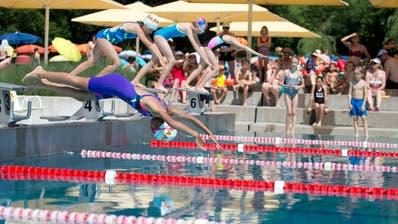 Schwimmverein Baar organisiert die Schülermeiserschaften des Kantons im Lättich Baar. Impressionen. (Bild: Maria Schmid, Lättich, 26. Juni 2019 ) (Maria Schmid(neue Zz) / Neue Zuger Zeitung)