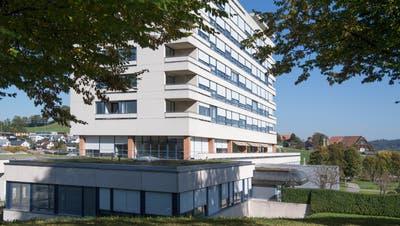 Dieses Gebäude soll ersetzt werden. (Bild: Nadia Schärli (14. Oktober 2019))