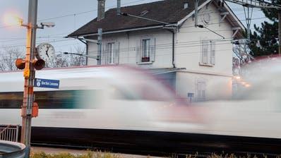 Die SBB wollen einen Teil ihrer Bahnhöfe in Büros umfunktionieren. (Bild: Keystone)