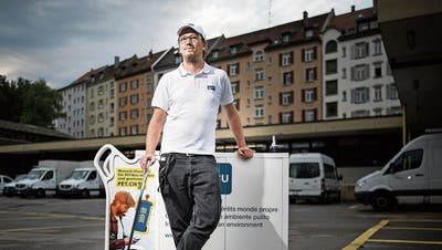 Im Kampf gegen Littering: Die Saubermänner in Weiss sind wieder unterwegs in St.Gallen