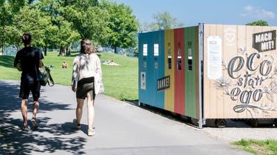 Die neuen Recyclingstationen auf der Ufschötti. (Nadia Schärli, 18. Mai 2020)
