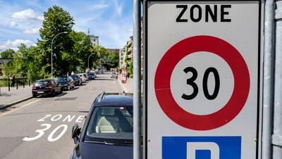 Temporäres Tempo 30 als mögliche Lösung gegen die Autoposer. Für Manfred Trütsch, ACS-Sektionspräsident St.Gallen-Appenzell, eine gute Lösung. (Bild: Kenneth Nars (12. Mai 2020))