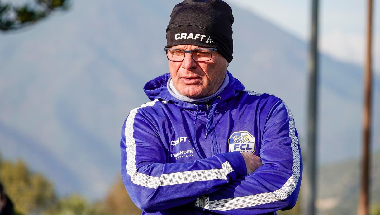Kümmert sich um die verletzten Spieler: FCL-Arzt Siegfried Reichenbach. (Bild: Martin Meienberger/Freshfocus (Marbella, 10. Januar 2020))