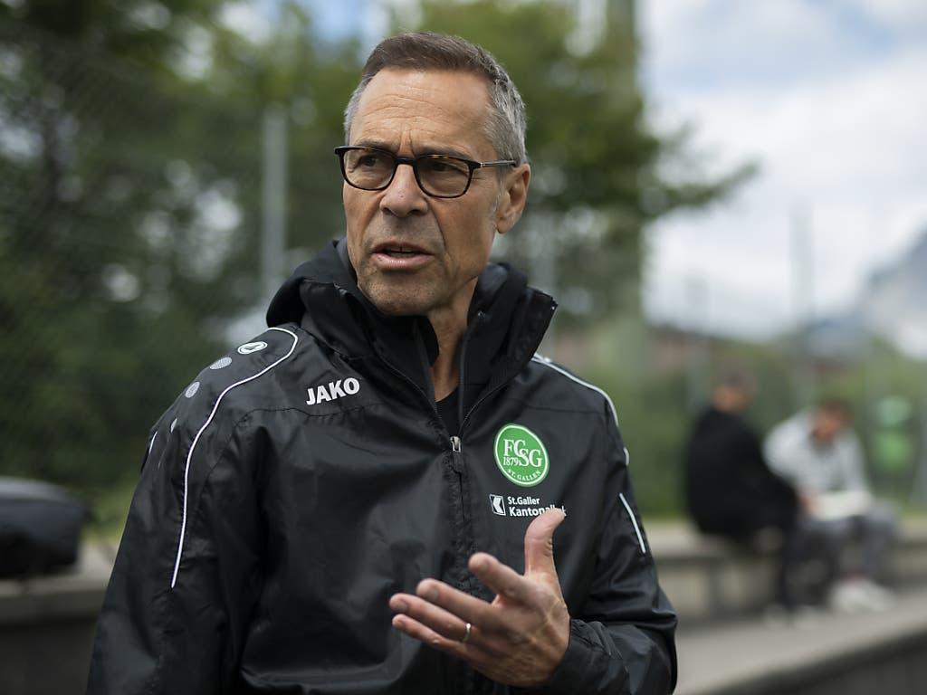 St. Gallens Präsident Matthias Hüppi spricht im Gespräch mit der Nachrichtenagentur Keystone-SDA über die Saison-Fortsetzung