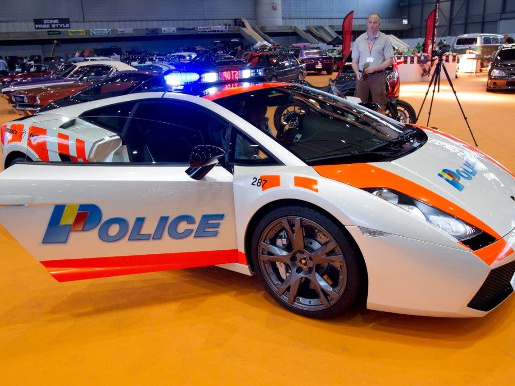 Getunter als die Polizei erlaubt: Ein Lamborghini als aufgemotzter Dienstwagen der Genfer Polizei anlässlich des Swiss Car Event 2012.