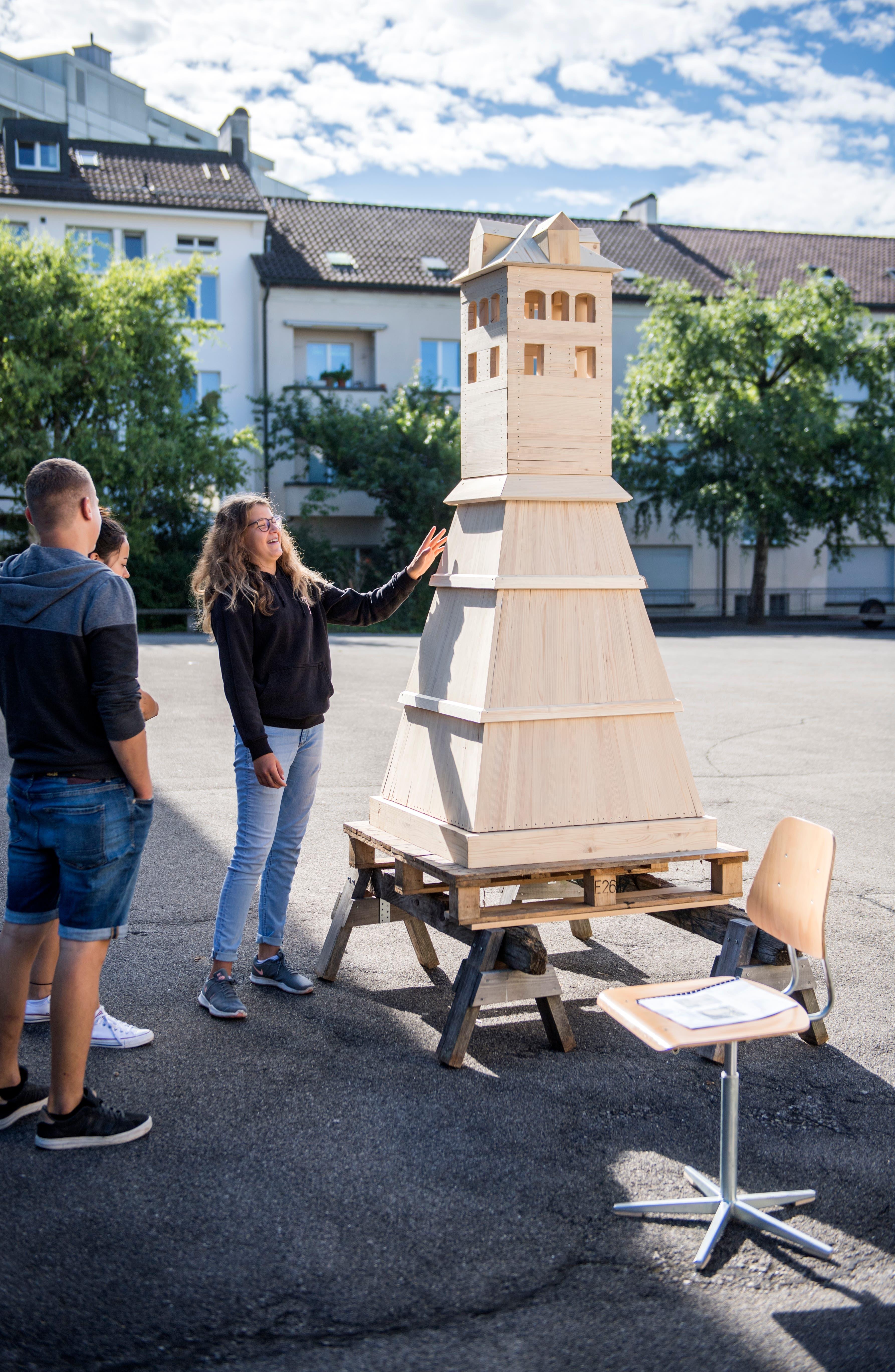 Ein Modell des alten Napoleonturms im Masstab eins zu zehn.