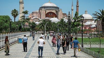 Hagia Sophia: Istanbuls Wahrzeichen wird zur Moschee