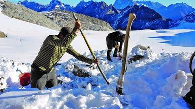 Die Fundstelle liegt an der unteren Stremlückeam Brunnifirn-Gletscher. (Bild: PD)