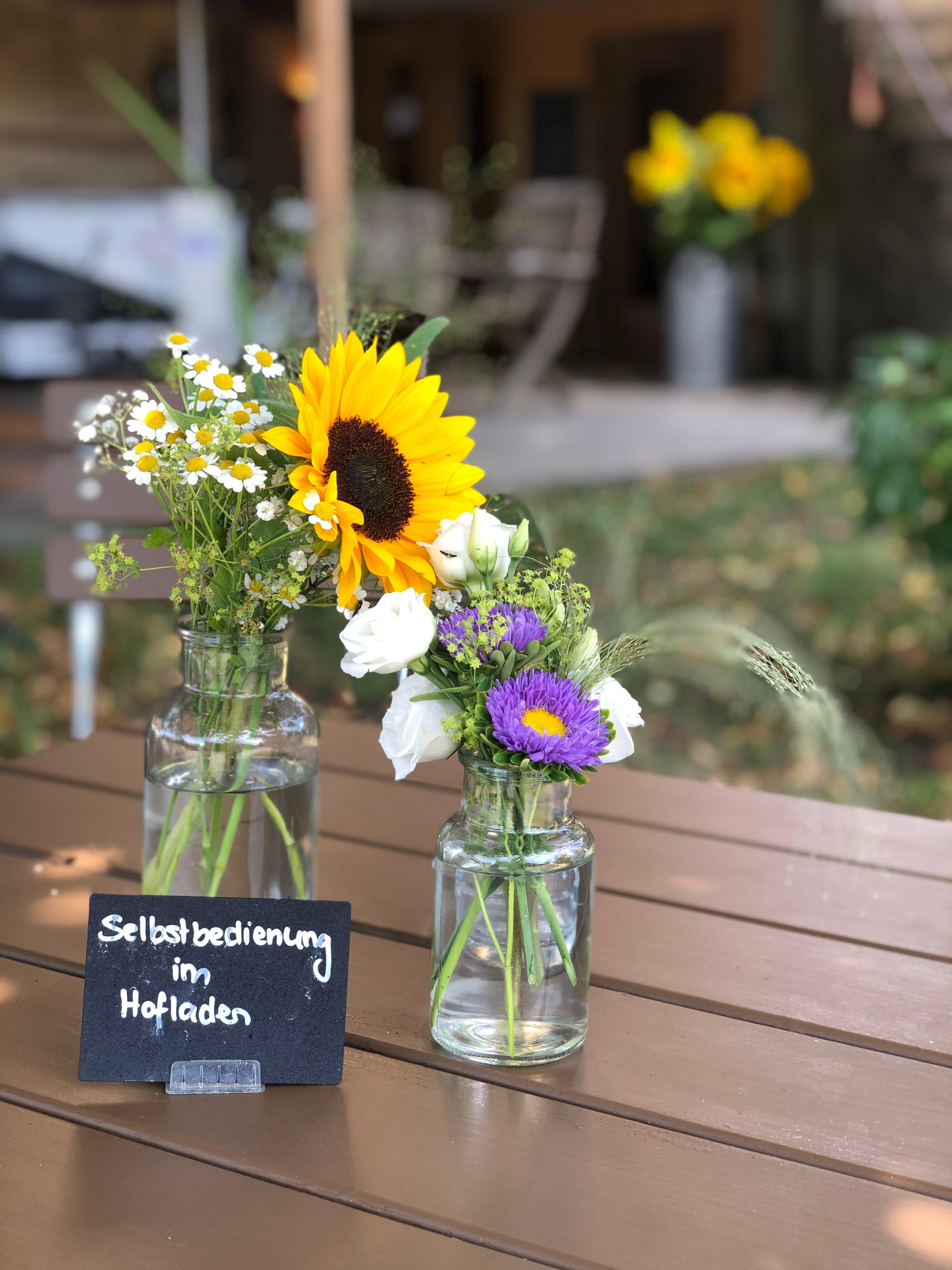 Im Hagschnurer Hofladencafé können sich die Gäste selber verköstigen.