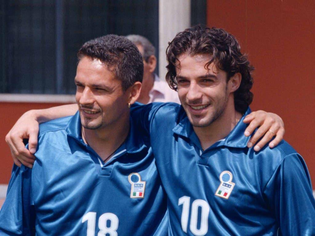 Trotz grosser Bewunderung füreinander fanden die Trainer nie die richtige Taktik, um Roberto Baggio (li.) und den sieben Jahre jüngeren Alessandro Del Piero erfolgreich zusammen spielen zu lassen