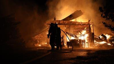 Zuger Kantonsrat zeigt Herz für Miliz-Feuerwehrleute