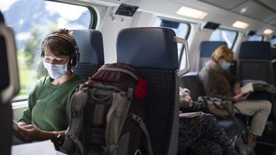 Im ÖV nicht mehr ohne: Ab Montag gilt Maskenpflicht. (Keystone)