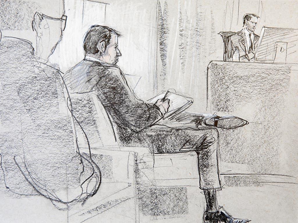 Der angeklagte Reeder am ersten Prozesstag vor dem Berner Gericht.
