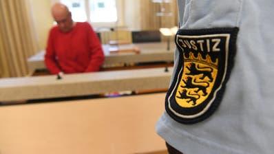 Die Rentnerin muss sich vor dem Landesgericht Konstanz verantworten. (Symbolbild: Keystone)