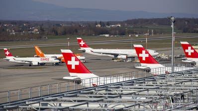 Die Swiss wartet nicht nur auf mehr Passagiere, sondern auch auf die erste verbürgte Kreditzahlung. Zumindest im Juli stieg die Buchungsnachfrage deutlich. (Salvatore Di Nolfi / KEYSTONE)