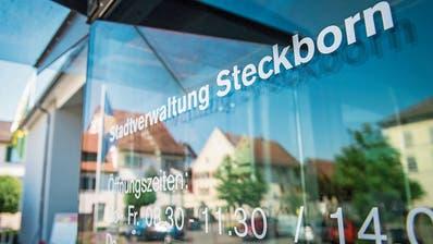 Eingangsbereich zur Stadtverwaltung an der Seestrasse 123. (Bild: Reto Martin (Steckborn, 25. Mai 2020))
