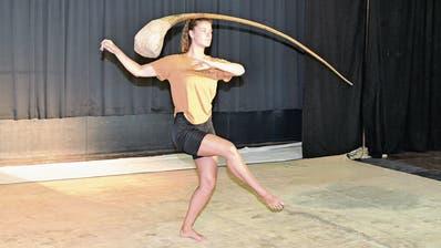 Bei den Tänzerinnen des Rigolo Tanztheaters im Buchser Fabrigglimuss jedes Detail sitzen