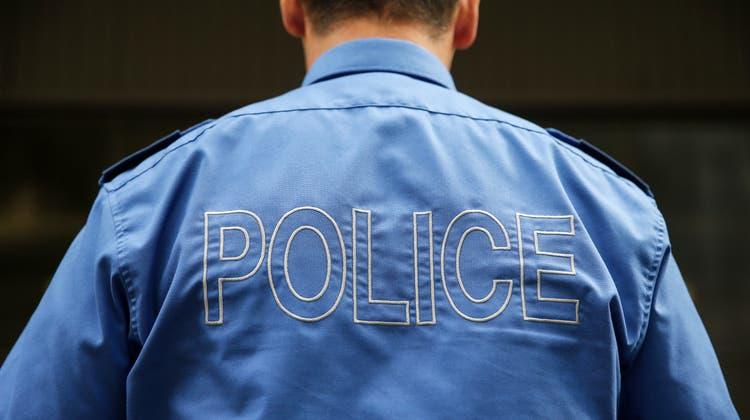 Die Kantonspolizei Bern sucht nun nach Personen, welche die Frauvor ihrem Tod gesehen haben. (Symbolbild)