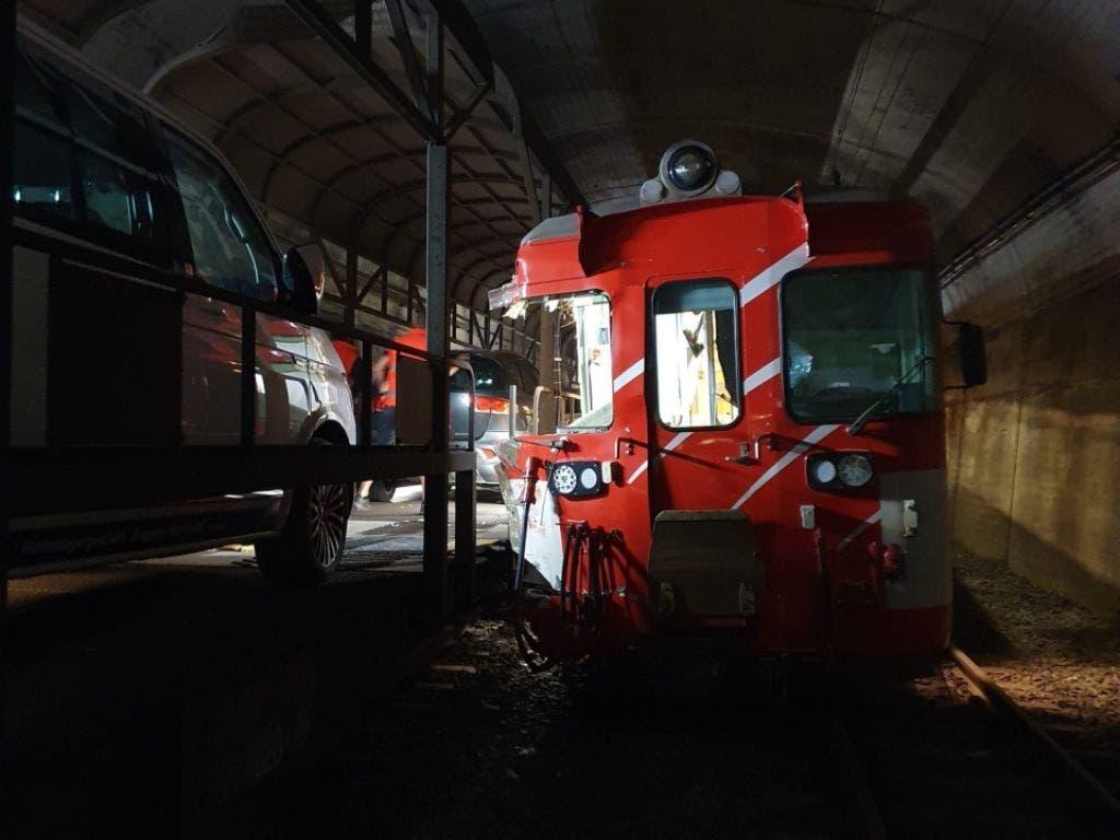 Die Kollision der beiden Züge im Wallis ereignete sich in einem Tunnel.