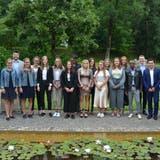 Die Absolventen aus der Gastrobranche feierten am Montag in Weissbad ihren Lehrabschluss. (Bild: Eva Wenaweser)