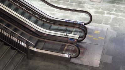Dieser Teil des Luzerner Bahnhofs war abgesperrt. (Bild: David von Moos)