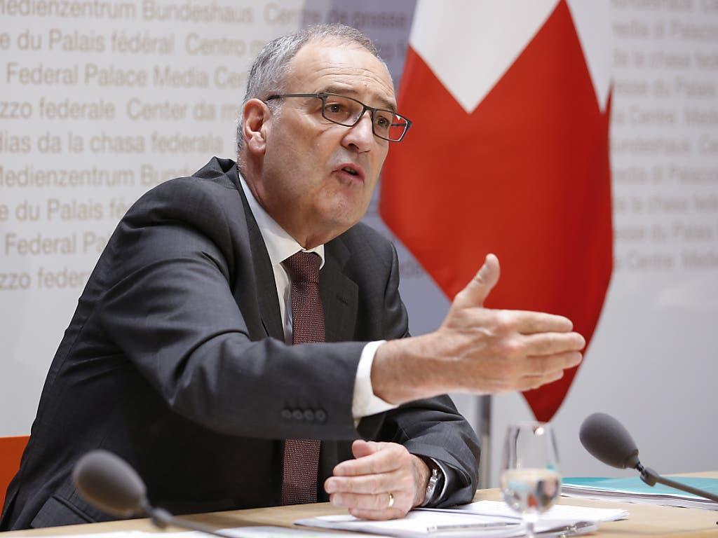 Leise Kritik an der Vollkasko-Mentalität äusserte Wirtschaftsminister Guy Parmelin in seiner Ansprache zum 1. August in der Südbündner Gemeinde Cavaione.