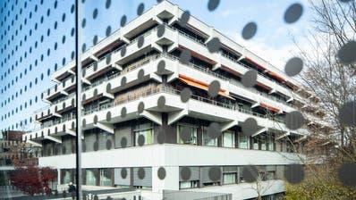 Blick auf das 1971 eröffnete Kinderspital in Luzern. 2025 soll ein neues stehen. (Bild: Patrick Hürlimann (18. November 2019))