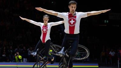 Holten vor einem Jahr an den Hallenradsport-Weltmeisterschaften in Basel zum dritten Mal WM-Bronze im Zweier nach 2015 und 2017. (Bild: PD (Basel, 7. Dezember 2019))