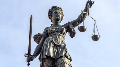 Der tödliche Unfall eines Lehrlings verjährte wegen Verzögerungen. Nun stand der ehemalige Innerrhoder Staatsanwalt vor Gericht. (Symbolbild) (PD)