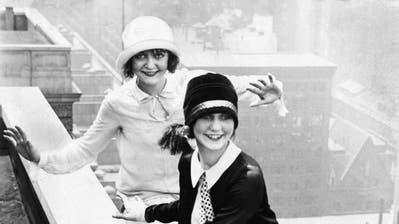 Cathérine HugKuratorin (Bild:Das neue Frankfurt; 1926)