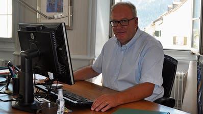 «Jeder Kontakt öffnet neue Türen»: Der Bündner Jon Fadri Huder sucht im Vorfeld der Gemeindepräsidentenwahl das Gespräch mit der Ebnat-Kappler Bevölkerung