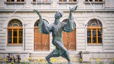 Der Gauklerbrunnen im St.Galler Stadtpark von Künstler Max Oertli. (Bild: Urs Bucher (15.05.18))