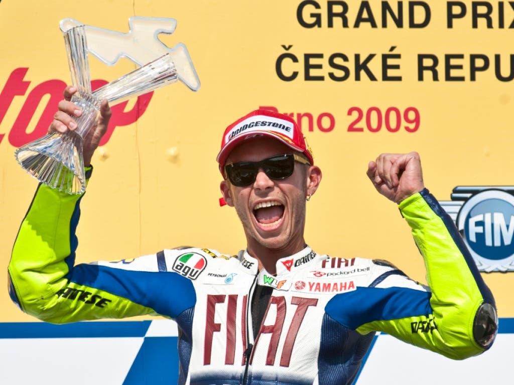 13 Jahre später siegt er in Brünn erneut, diesmal in der MotoGP-Klasse - ein weiterer seiner insgesamt 115 GP-Siege
