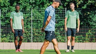 Der neue Assistenztrainer Orest Shala im Training des FC St. Gallen. (Gian Ehrenzeller / KEYSTONE)