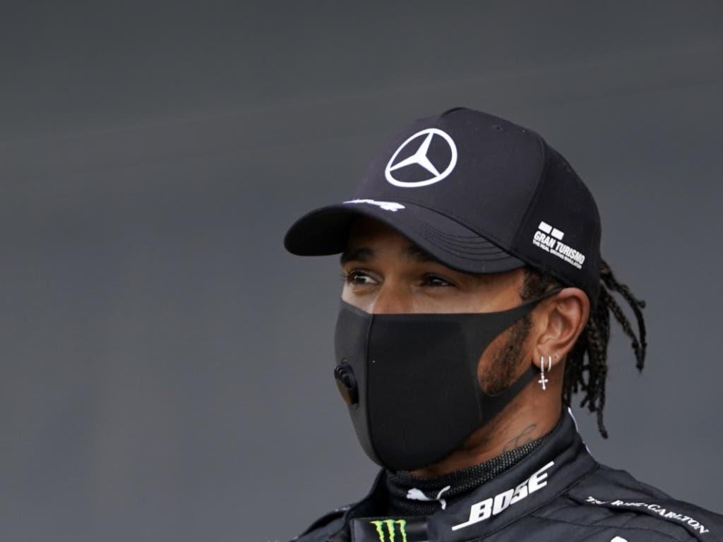 Lewis Hamilton siegte trotz eines Reifenschadens