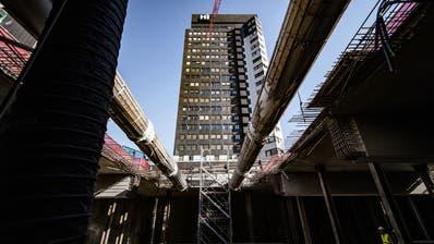 Die Spitallandschaft im Kanton St.Gallen ist im Umbruch – im Bild die Baustelle am KSSG. (Michel Canonica)