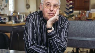 Aber ich habe mein eigenes Archiv und mein Gedächtnis: Helmut Hubacher. Das Bild wurde 2006 in Courthemaîche (JU) aufgenonmmen. (Keystone)