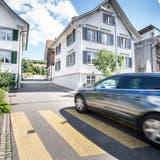 Uneinigkeit in Weinfelden: Wie ein illegaler Zebrastreifen, ein Kissen und zu schnelle Autos für Unmut sorgen