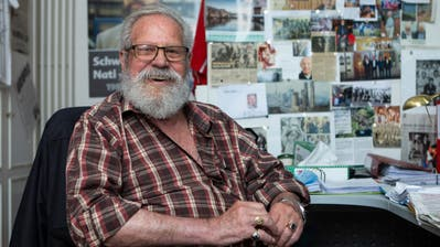 Paul Wolfisberg in seinem Büro und Fussball-Museum in Horw am 10. Juni 2020 kurz vor seinem 87. Geburtstag. (Bild: Patrick Hürlimann)